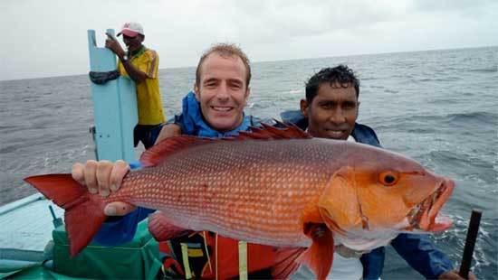 extreme_fishing_sri_lanka